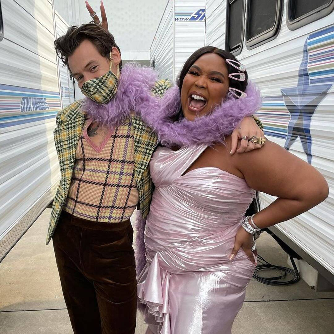 To Encourage Fans to Love Their Skin Lizzo Shares Unedited Nude Photo